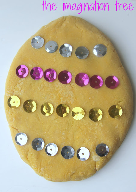easter+egg+with+sequins