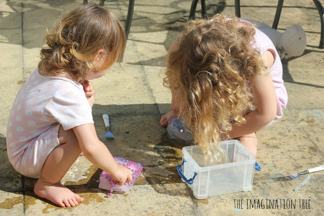 Science experiment for kids with ice
