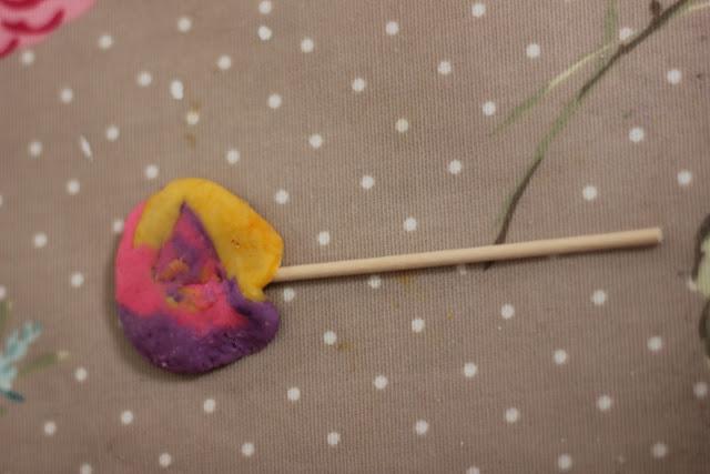 lollipop play dough
