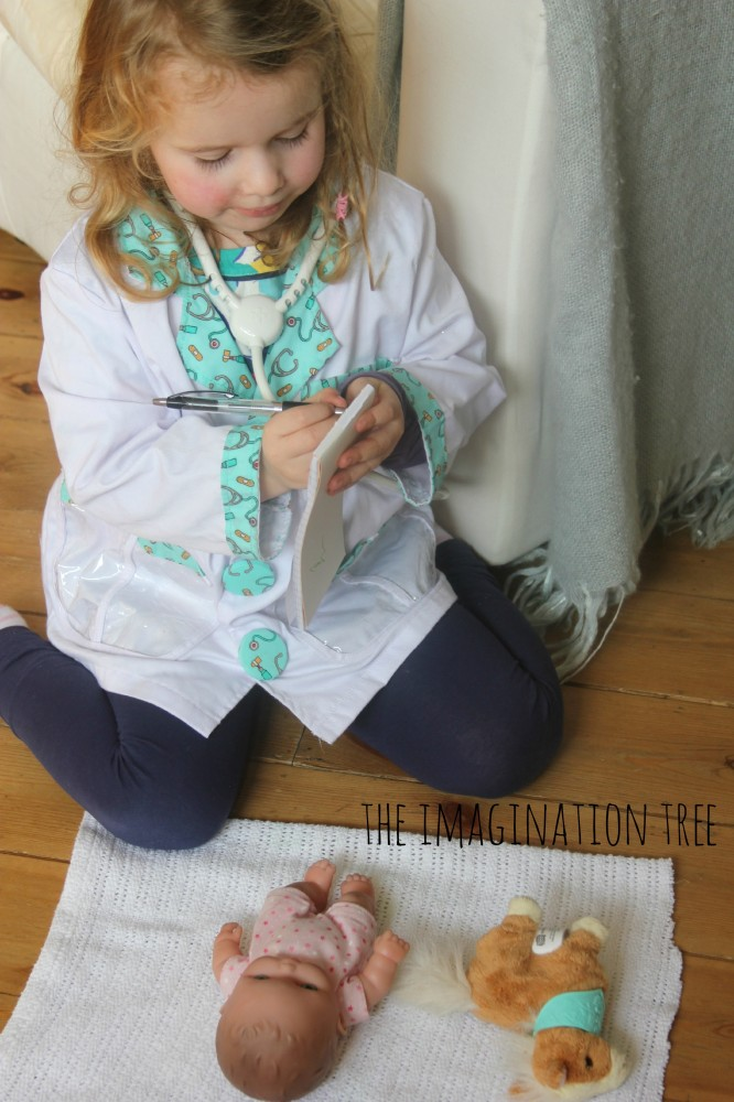 Doctor role play and pretend writing