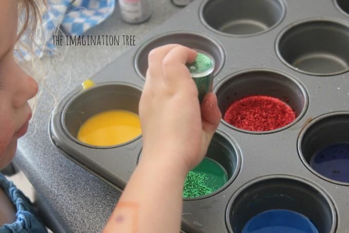 Mixing glitter sidewalk paints
