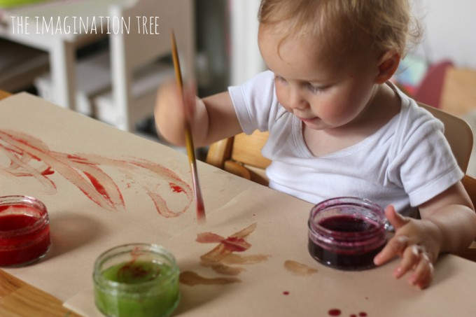 Painting with edible finger paints