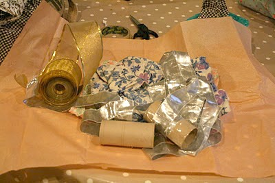 Ribbons and material discovery box