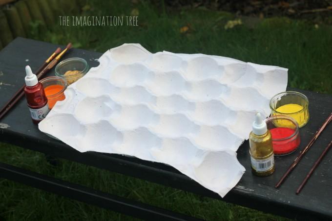 Invitation to create autumn leaves
