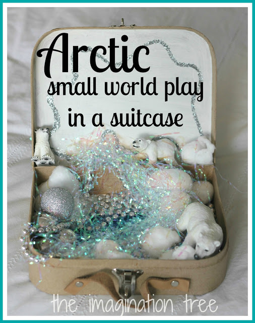 Arctic+Small+World+Play+in+a+Suitcase+Title