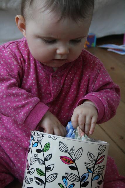 Baby play material box