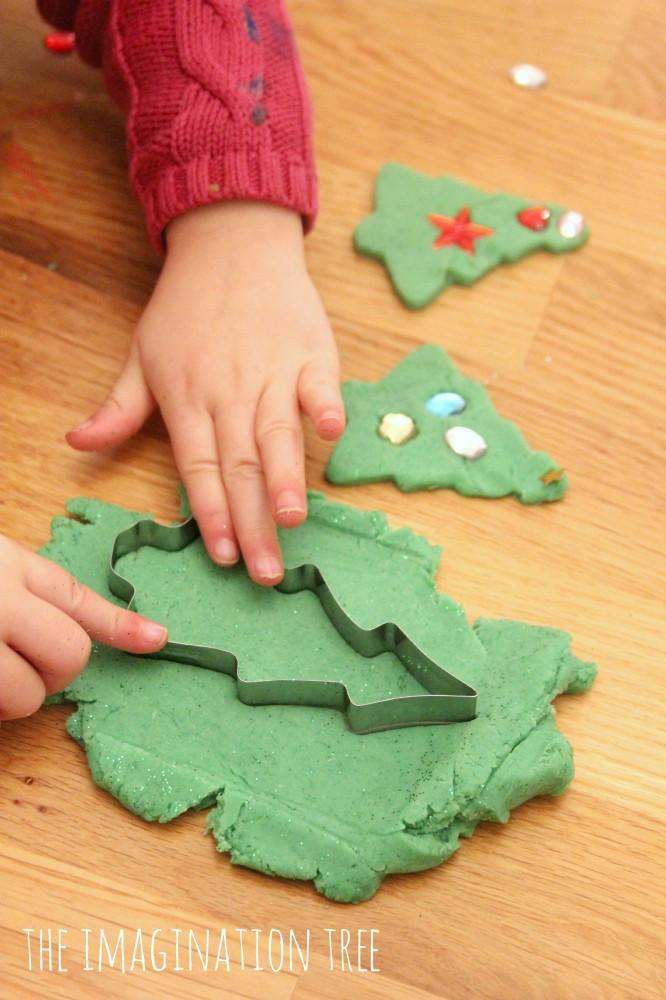 Play dough christmas trees activity