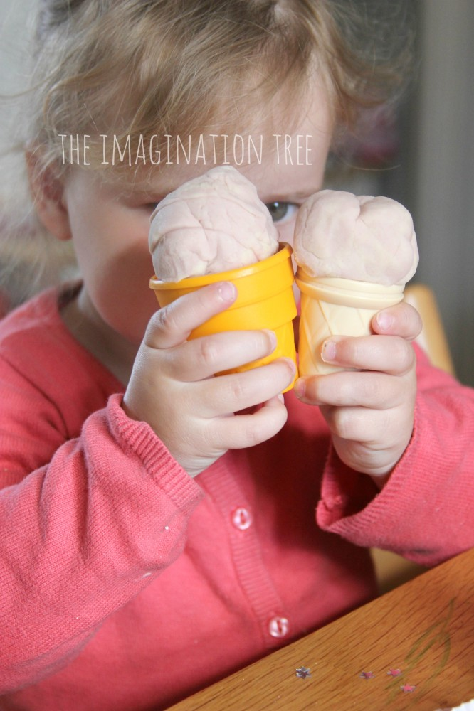 Strawberries and cream play dough ice creams