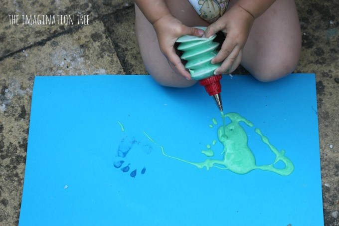 Painting with squeezy icing bottles