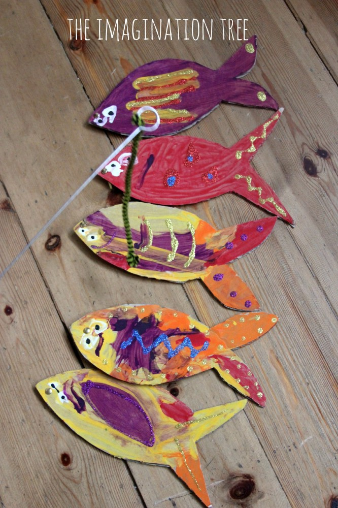 Cardboard counting fish game