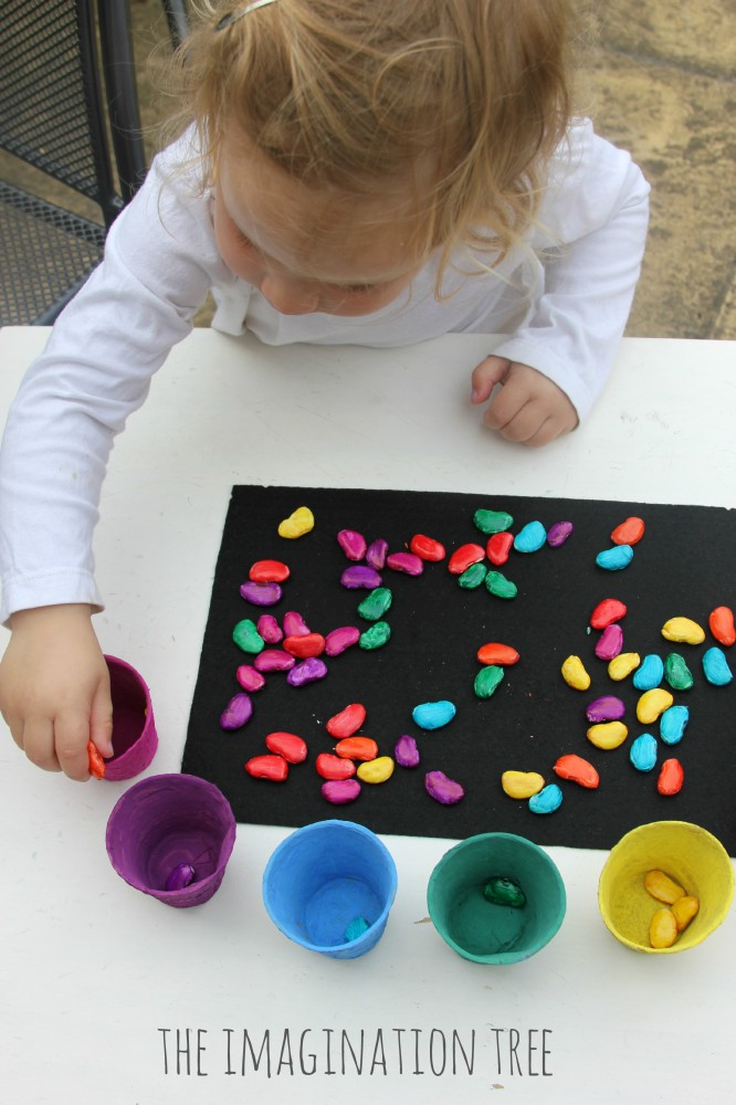 Sorting-coloured-magic-beans-activity-666x1000