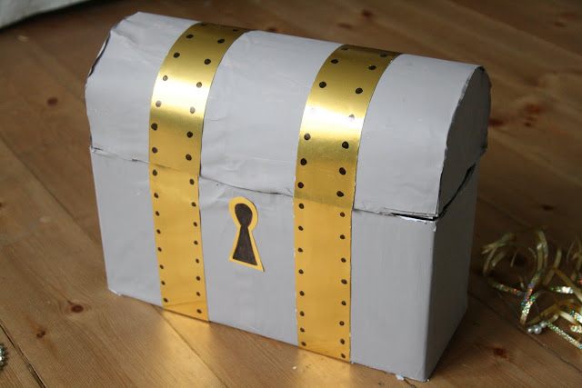 DIY: Treasure Chest