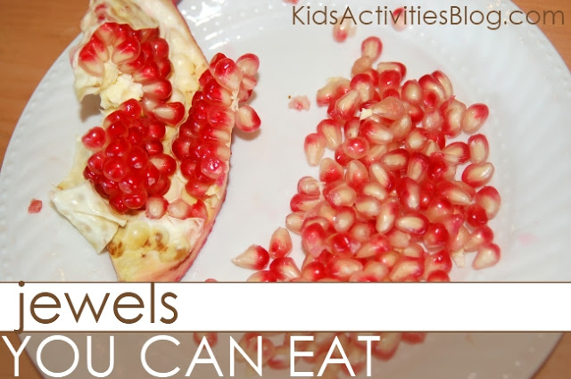 Edible Jewels Sensory Play!