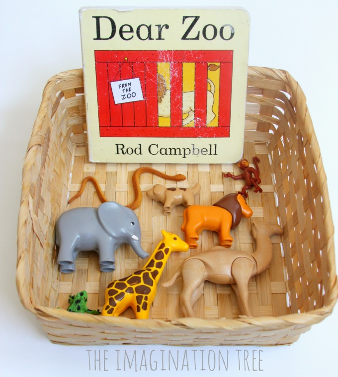 Storytelling basket Dear Zoo