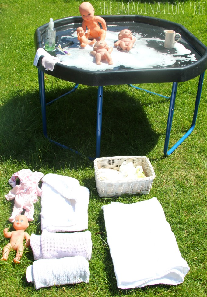 Baby doll washing station