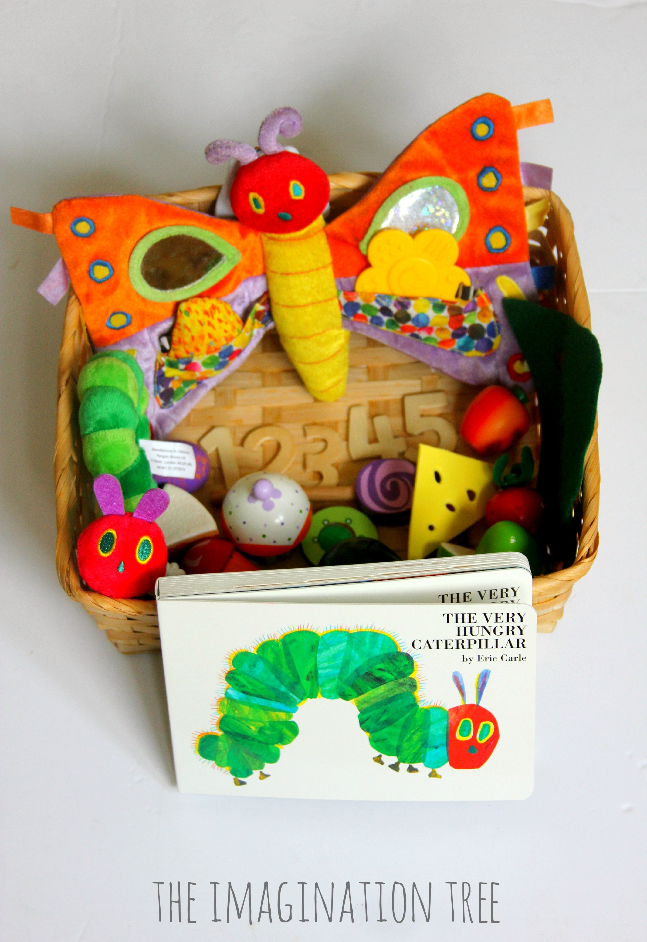 2017 05 the very hungry caterpillar lesson plans - The Very Hungry Caterpillar Storytelling Basket