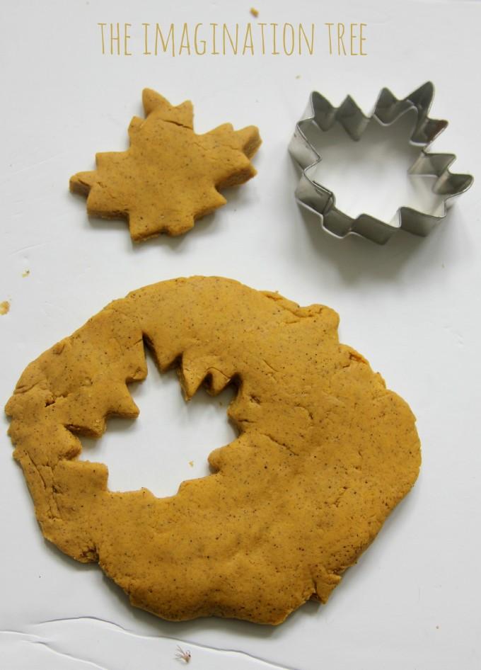 Autumn spice play dough recipe
