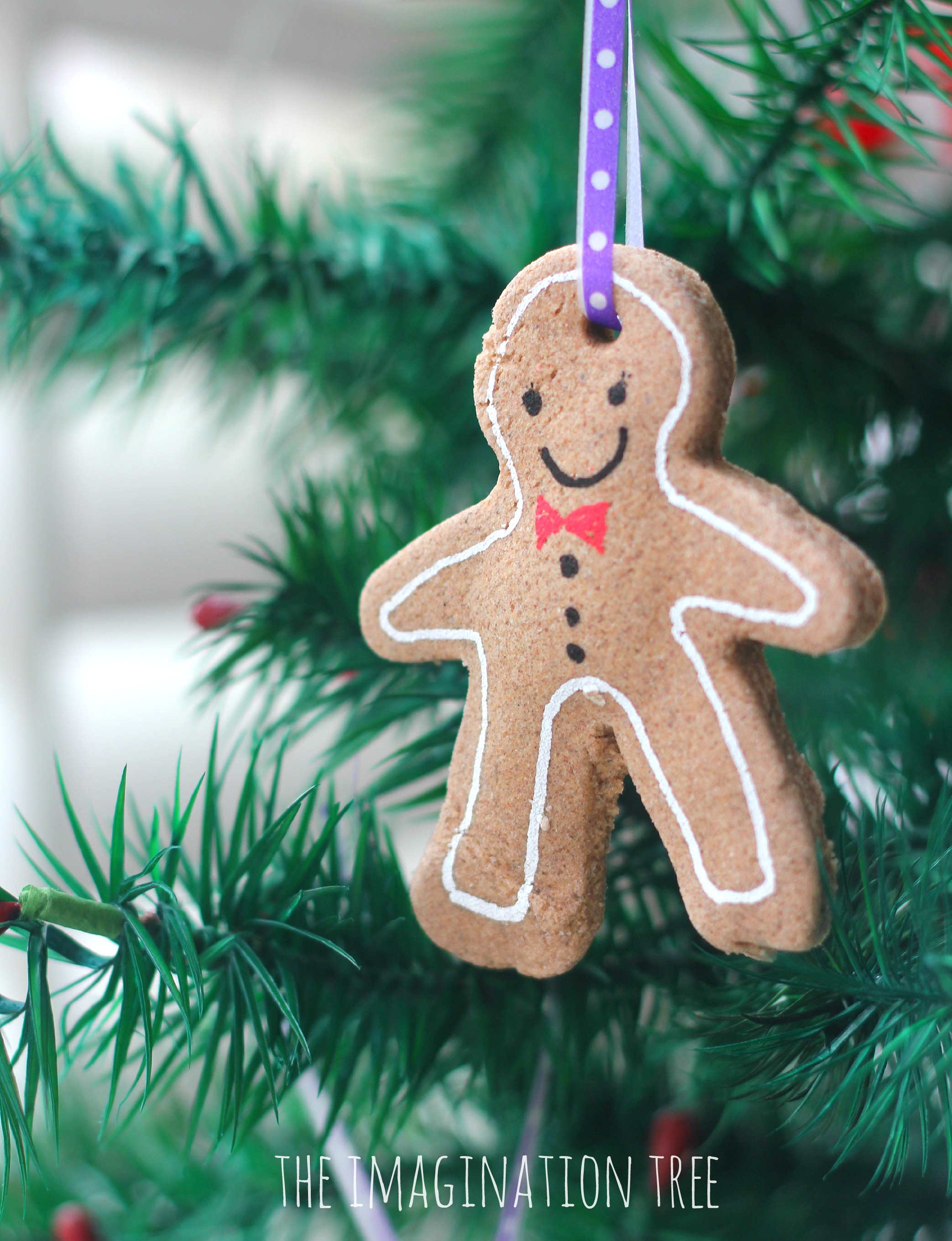 Gingerbread christmas tree ornament recipe christmas decorating
