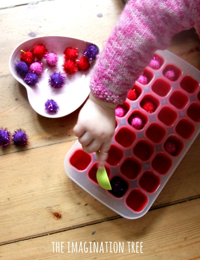 Pom pom transfer simple montessori activity for toddlers