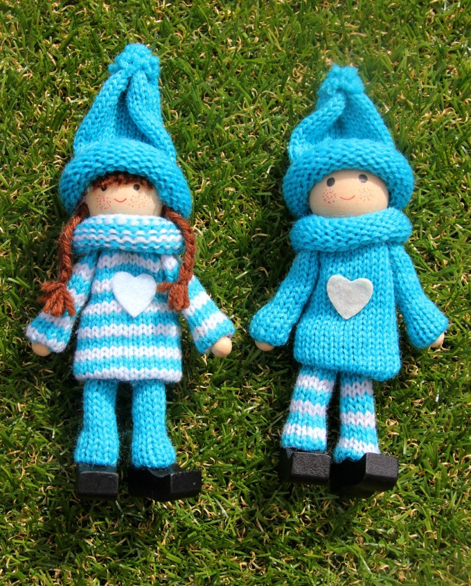 Blue kindness elves set
