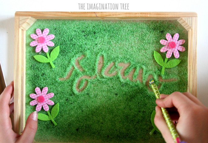 Spring flowers writing tray