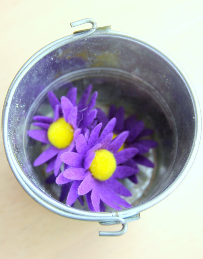 Using flowers in maths games