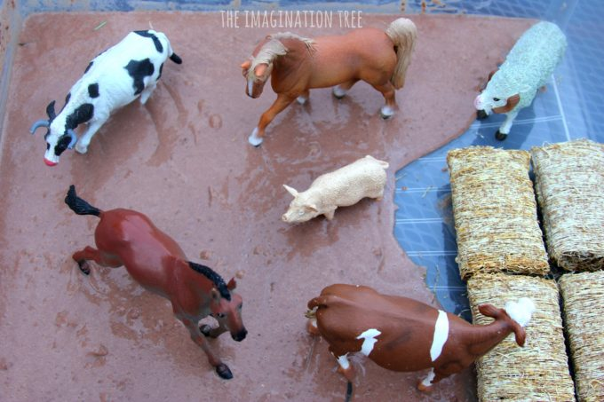 Farm animals sensory play for toddlers