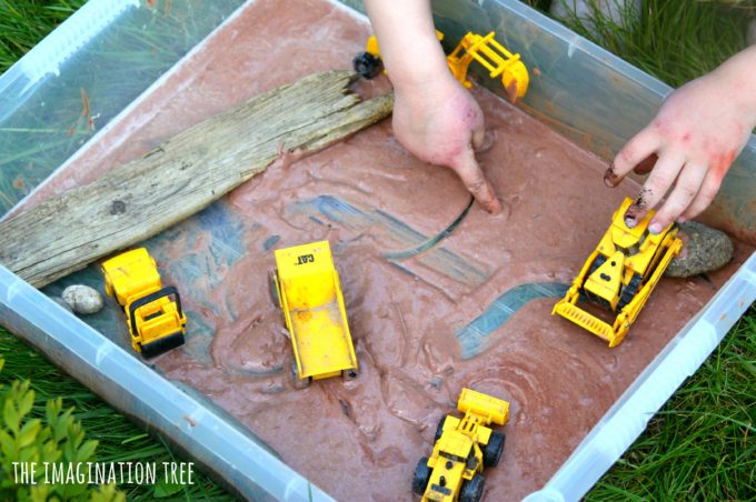 Diggers in edible mud sensory play for toddlers!
