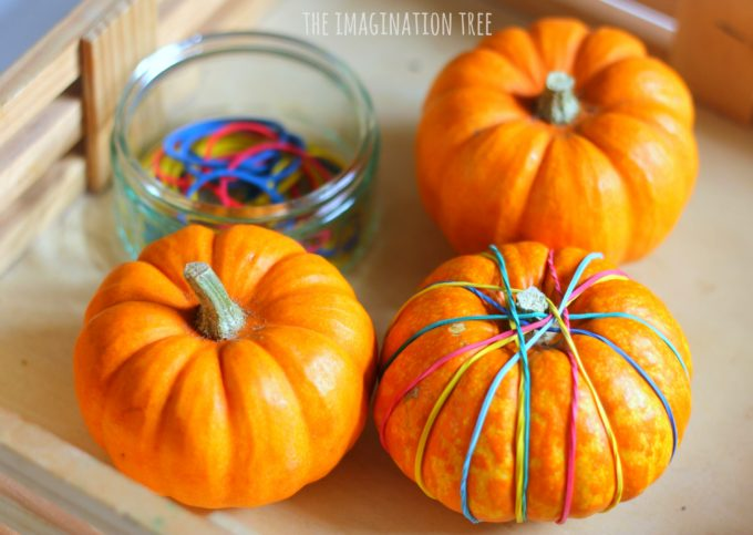 pumpkin-fine-motor-activity-using-rubber-bands