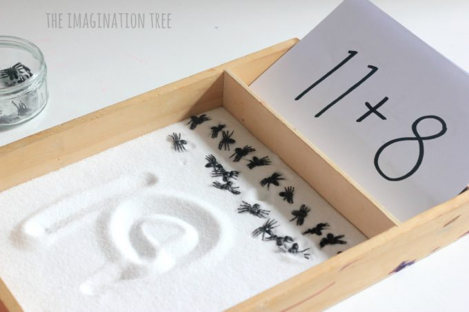 spider-counting-and-calculations-tray-for-kids