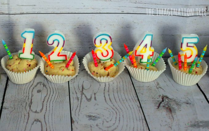 counting-with-playdough-cupcakes