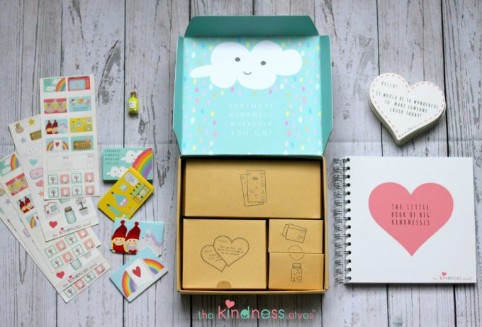 the-kindness-elves-accessories-kit-flatlay